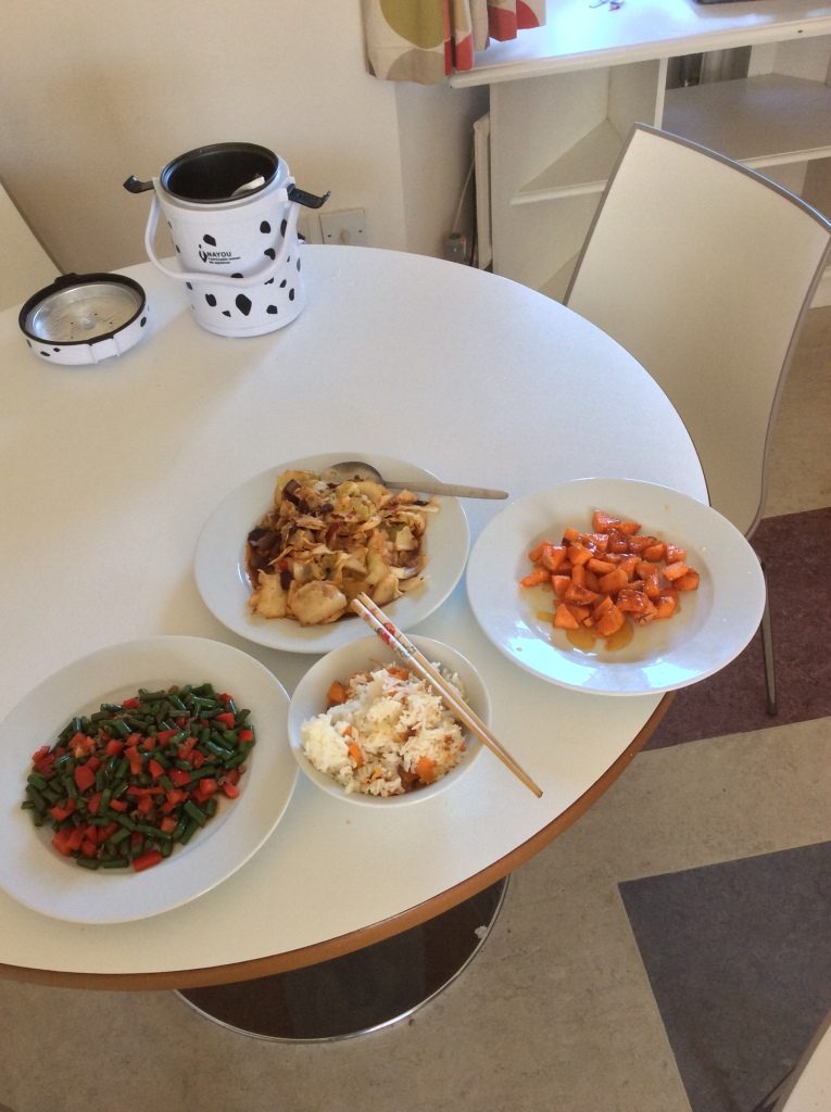 I love cooking!!! Some Chinese food! Vegetables bought from ALDI.)